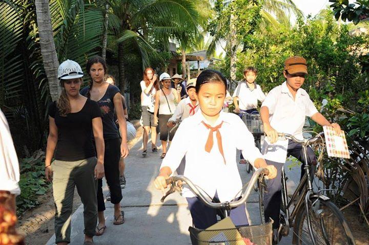 Community service project Vietnam