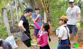 Vietnam student trip Ben Tre and playing with school children
